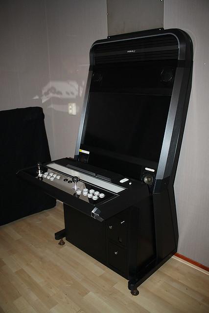 Shadaloo custom VLX-S cabinet