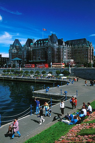 The Causeway in the Inner Harbour, Victoria, Vancouver Island, British Columbia, Canada