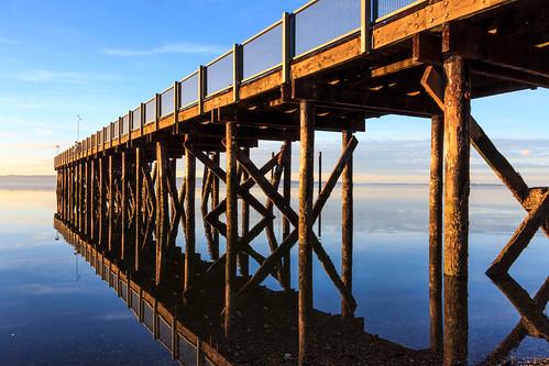 blue sunset water calm peir kayakpt