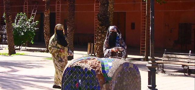 Marokko, Marrakesch, women , 10-87/11283