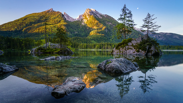 Sunrise at the Hintersee II