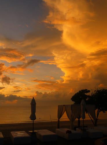 Khanom sunset