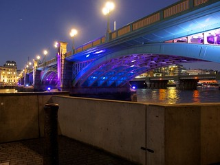 London by night (Bridge)   by Fred Azarty