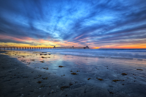 ocean california travel sunset sea vacation sky cloud seascape seaweed cold west detail nature beautiful composition canon landscape eos coast pier interestingness cool nice interesting twilight sand flickr pacific sandiego wind dusk air horizon tripod bracket atmosphere wideangle sharp explore kelp level destination 5d capture breeze hdr highdynamicrange imperialbeach 1635 photomatix ef1635mmf28l canon5dmarkii adobephotoshopcs5