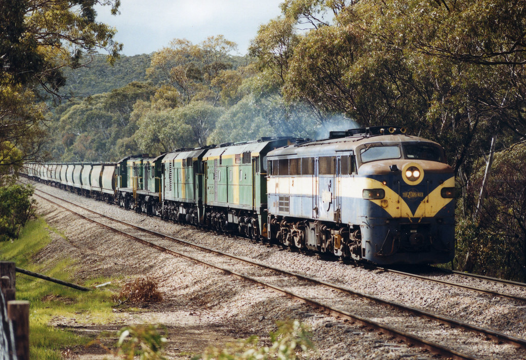 7232 961+704+701+603+607 by Trackside Photography Australia