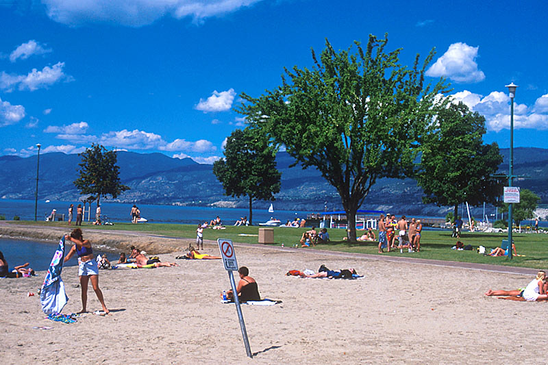 Peachland, Okanagan Lake, Okanagan Valley, British Columbia, Canada