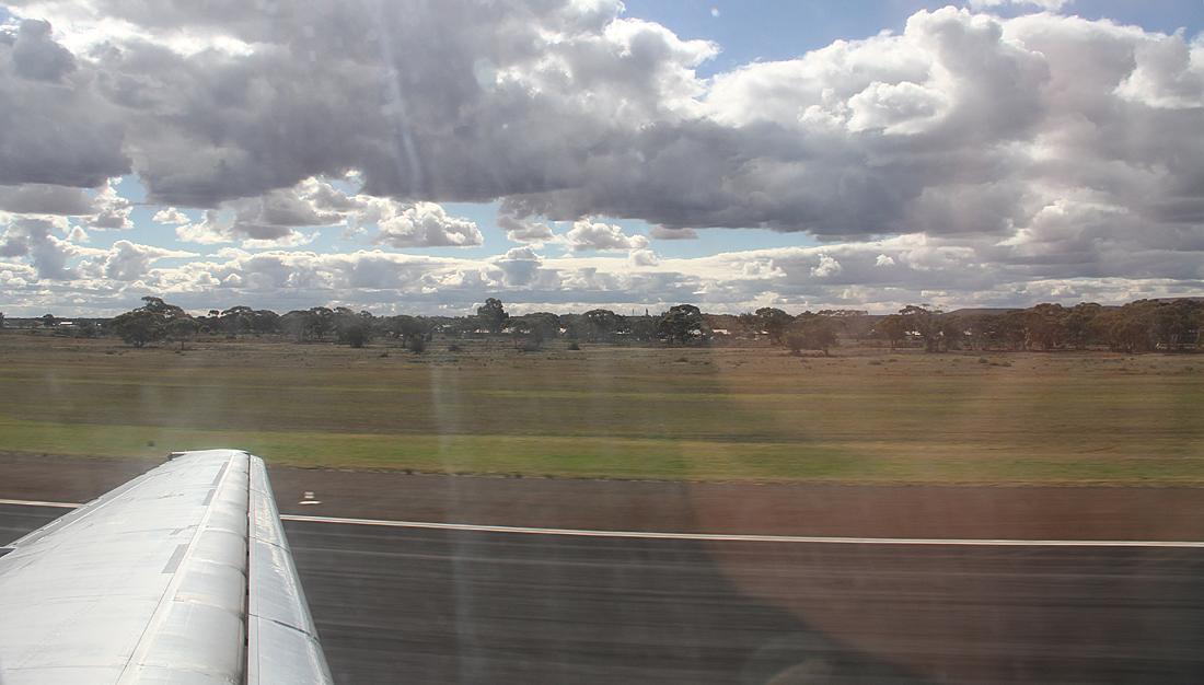 Qantaslink717-23S-VH-NXE-55