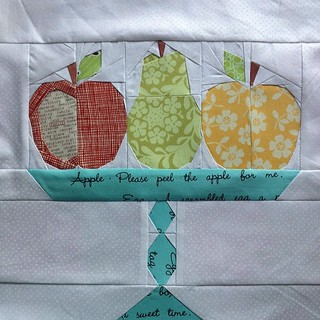 That was a lot of pieces! For #circle7bee #circle7 @lrstitched kitchen quilt