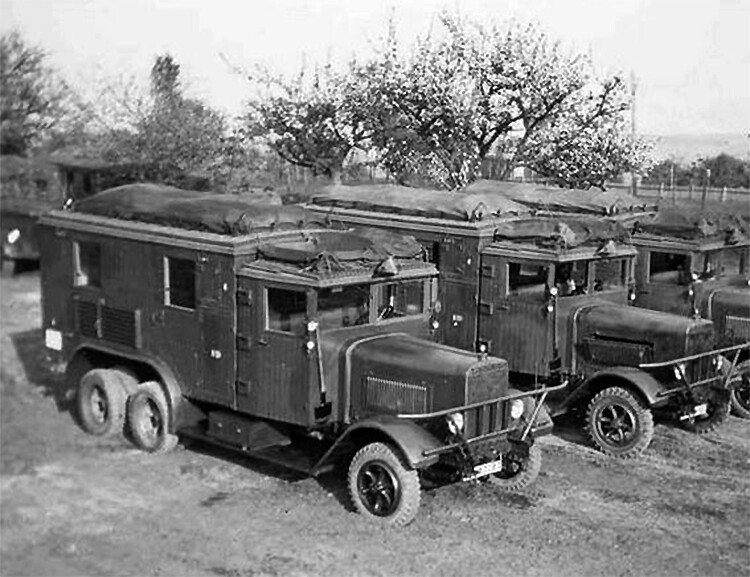 Henschel 33 D1 Kfz.72, Radio Communication Trucks