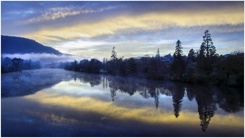 blue mist reflection fog clouds sunrise reflections river scenery view derwentvalley scenic australia scene vista tasmania bluehour drone derwentriver riverderwent dji newnorfolk earlylighting trainsintasmania stevebromley djiphantom3standard phantom3standard