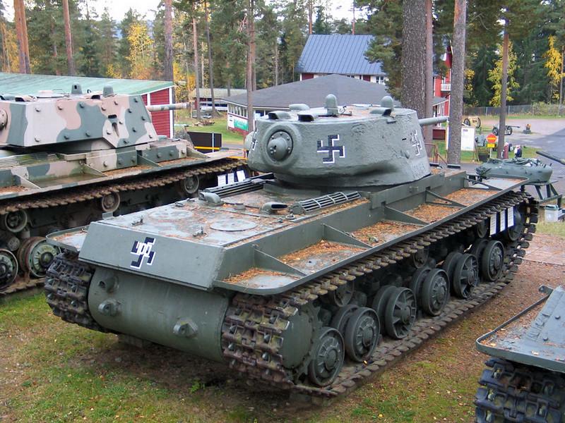KV-1 obr 1942 (3)