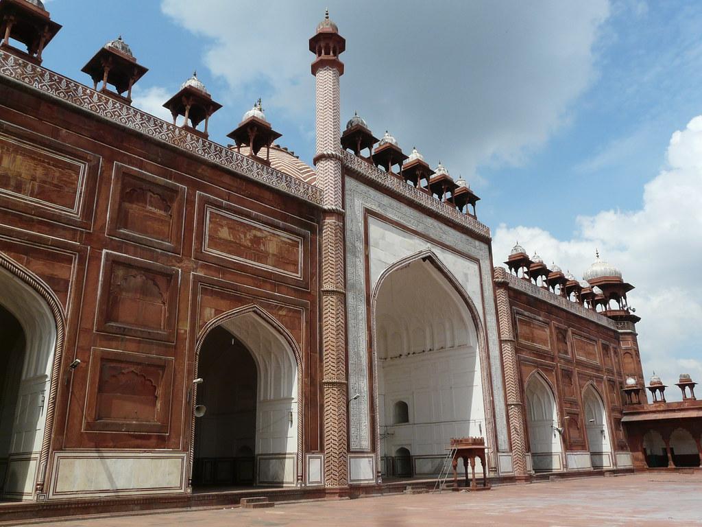 Jama's Masjid tourist places in Agra