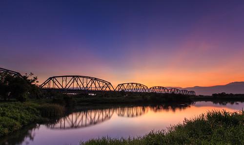 sunrise taiwan kaohsiung 台灣 6d 晨曦 日出 倒影 高雄市 高屏溪 霞光 舊鐵橋 ef1635mm 晨彩 大樹區