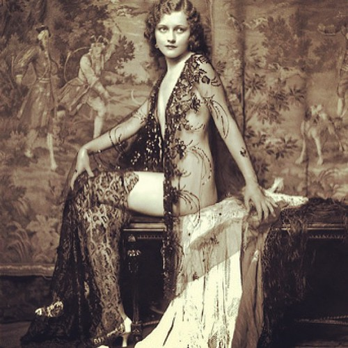 Ziegfeld Follies performer 1920s #dancer #dance #dancing #jewelry #fashion #makeup #worlddancenewyork #beautiful #dancer #burlesque #vintage #pinup #model #modeling Dance, fitness, modeling instruction / classes  - video / DVD / iPhone, iPad Apps: http:// | by worlddancenewyork