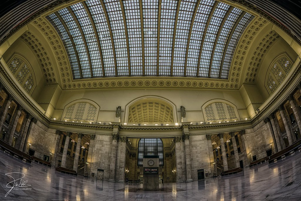 Great Hall of Union Station by Frank Kehren