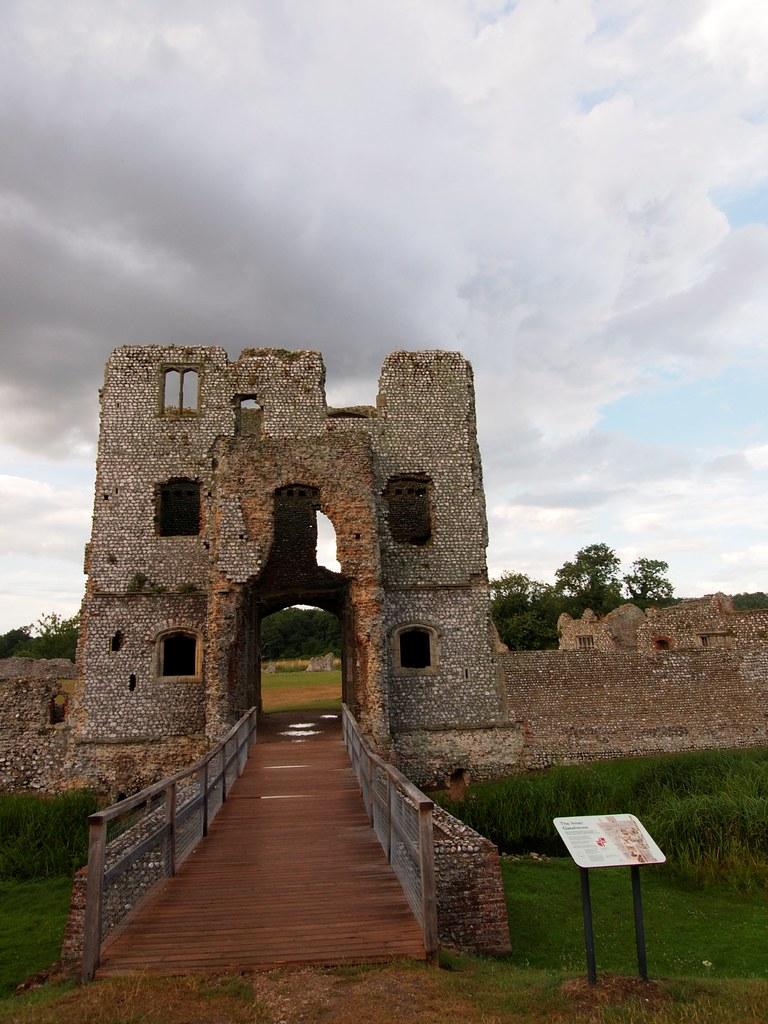 Baconsthorpe Castle