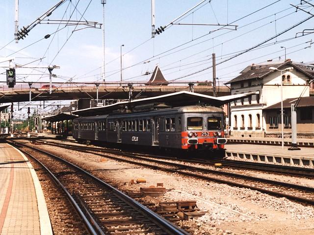 Moulinex 252 te Bettembourg op 24-7-2004 (scan)