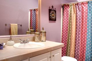 Guest Bathroom | by maggie.5150
