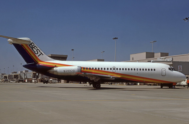 N2892Q (Best Airlines)