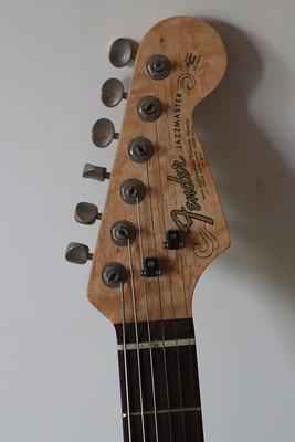 17. Fender Jazzmaster c. 1990 (americana)