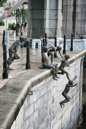 Kids jumping into Singapore River | by whereisemil