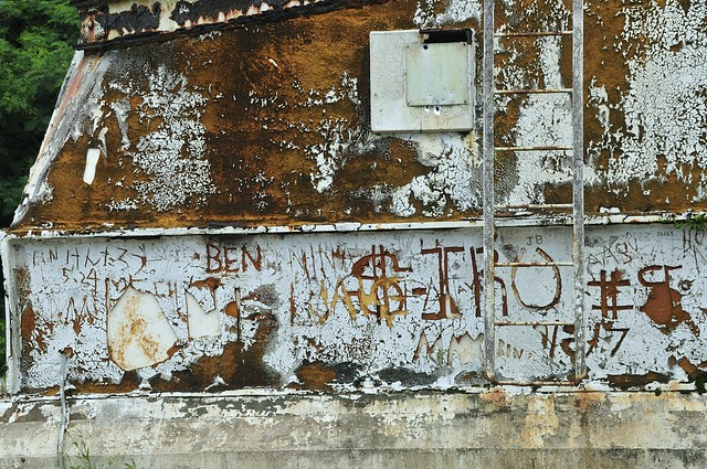 Graffiti @ Pacific Barrier Radar (PACBAR III ) on Saipan