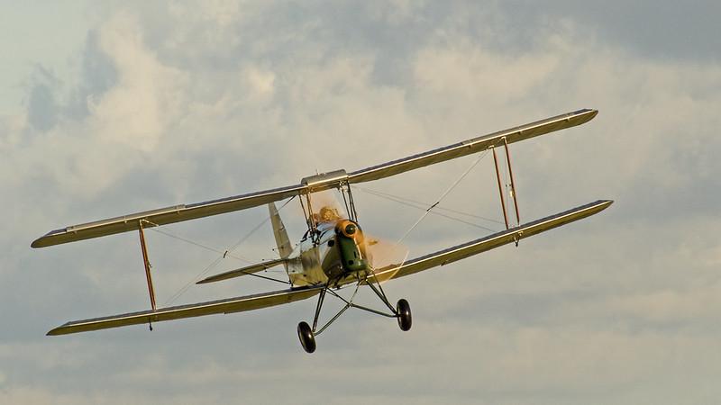 DH Tiger Moth Taking Off 1