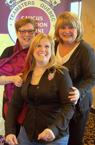 Female Teamsters Quebec Women's Caucus Members Posing / Femmes du Caucus condition féminine Teamsters Québec