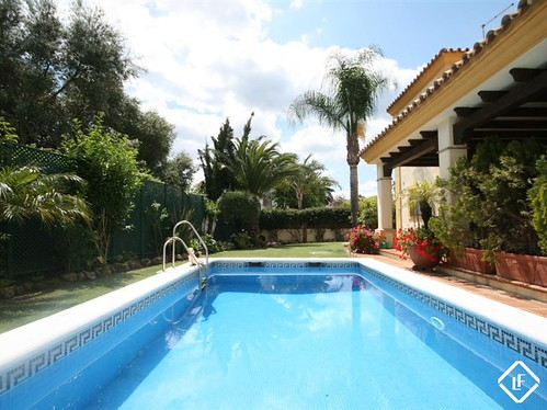 Lovely 6 bedroom luxury villa 300m from the beach on Marbella´s Golden Mile LFCDS182 | by lucasfoxbcn