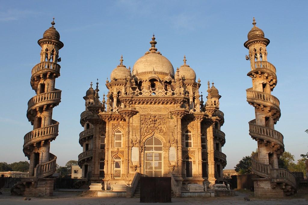 Junagadh, Bahauddin Makbara | Junagadh, Bahauddin Makbara Ju… | Flickr
