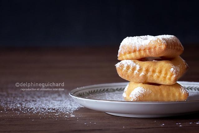 Les bugnes, beignets de Carnaval moelleux ou craquants - Doughnuts - www.cooknfocus.com