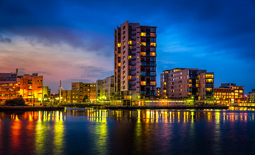 city building water skyline architecture night landscape bay pier nikon long exposure apartments waterfront outdoor cardiff d750 d610 d3200 d810 d5500 d5200 d5100 d3100