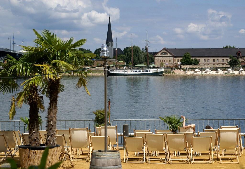Mainz Rheinufer Mainz Strand Und Blick Auf Kasteler Redu Flickr