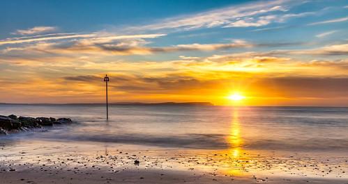 avon sunrise seascape sea seagull morning bluesky orangesunrise gb unitedkingdom nopeople paisajes anthonywhitesphotography