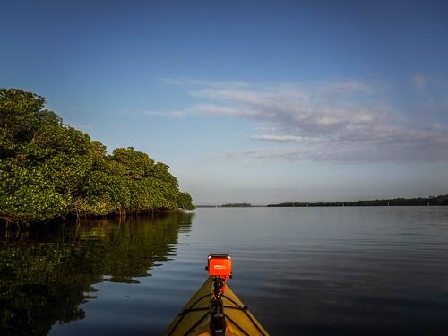 florida fortpierce indianriver kayaking paddling queenscove unitedstates us