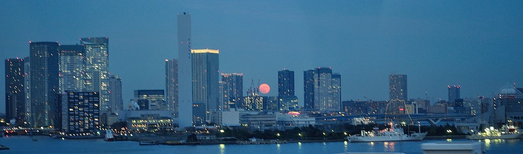 Buildings with red moon 1
