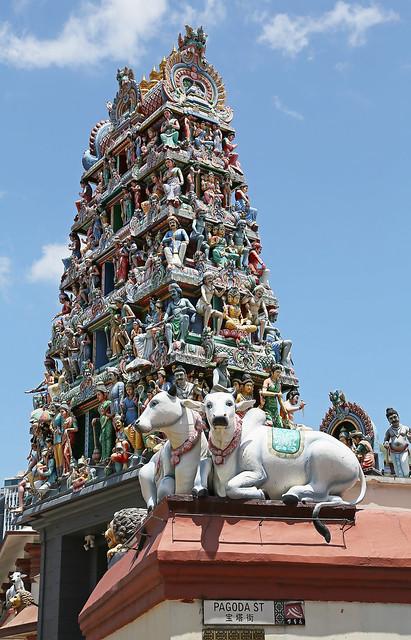 Sri Mariamman Temple, gopuram (entrance tower)