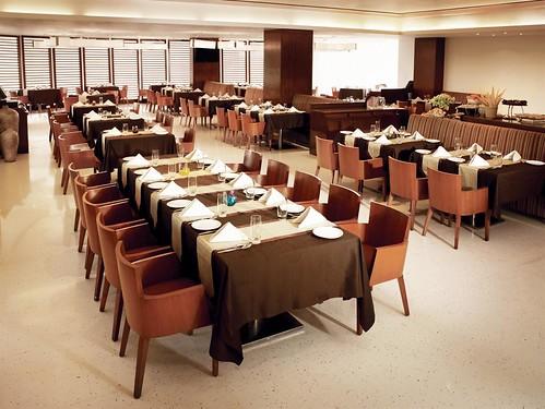 india restaurant hotel maharashtra spg starwood starwoodresorts starwoodhotels 400701 meetingresort fourpointsbysheratonnavimumbaivashi fourpointshotelsandresorts asiankitchenfrontview