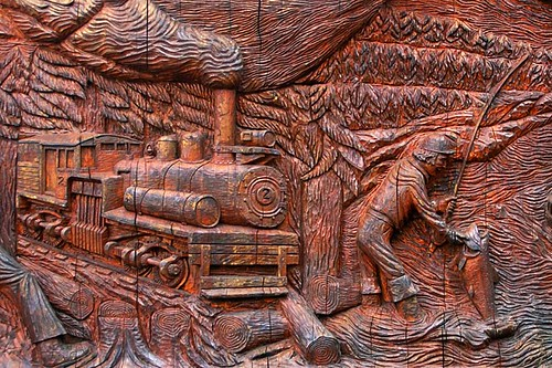Wood Carving in Port Alberni, Alberni Valley, Vancouver Island, British Columbia