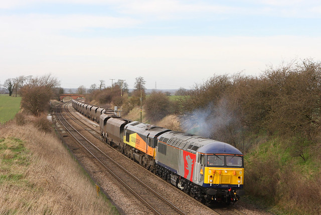 And heres the upshot...needless to say the sun was stronger a few mins later!!.... Believe the grid was failed on arrival at WWH.....4V30 56096+66848 depart Elford loop on Ratcliffe-Avonmouth 19-03-2014