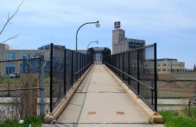 Pedestrian Bridge over Interstate 43