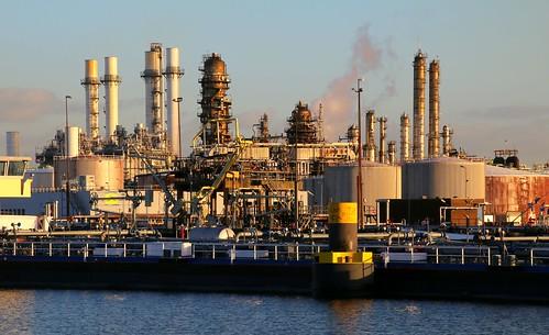 industry rotterdam nederland netherland refinery pernis img0107