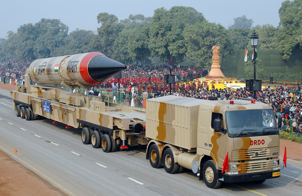 Photo D-796   The Agni - III Missile passes through the Rajp…   Flickr