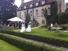 Another gorgeous summer wedding in the cotswolds!
