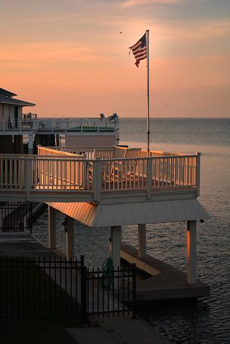 sunset usa sun house galveston west beach gulfofmexico set bay texas flag american jamaica railing