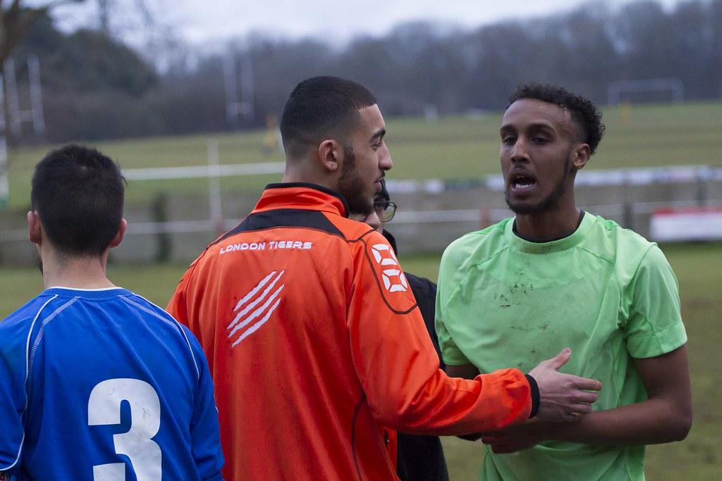 Tring Athletic vs London Tigers