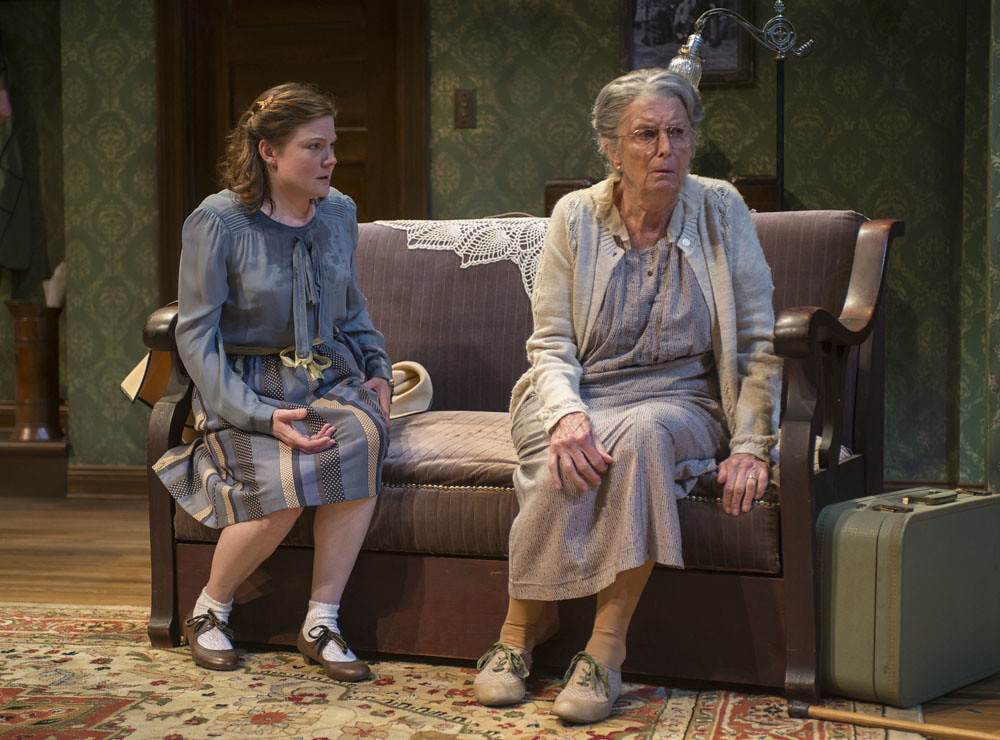 Linsey Page Morton (Bella) and Ann Whitney (Grandma)