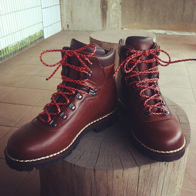 5620c1b0298 Alico summit hiking boots | Yuting Chou | Flickr