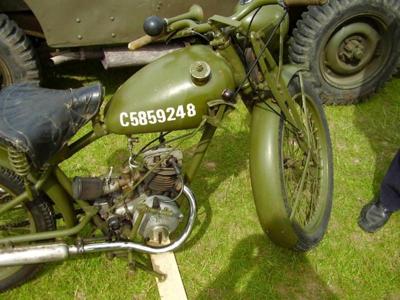 Royal Энфилд Мотоциклет (4)