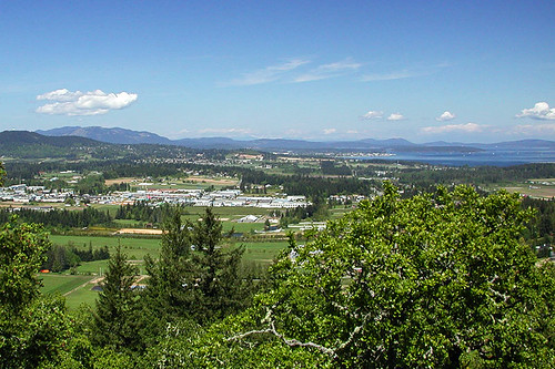View North up the Saanich Peninsula from Bear Hill Park, Saanich, Victoria, Vancouver Island, British Columbia, Canada